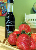 Strawberry Balsamic Vinegar 12-year 147 ml
