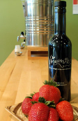 Strawberry Balsamic Vinegar 12-year 375 ml